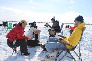 students ice fishing