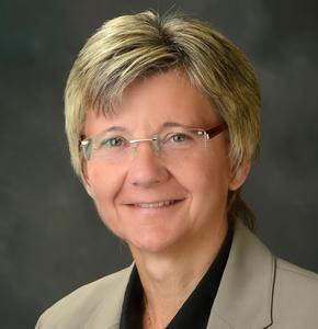Linda Staudt Headshot