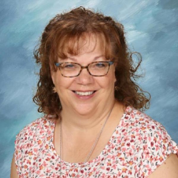 Lisa Teichroeb's Profile Photo