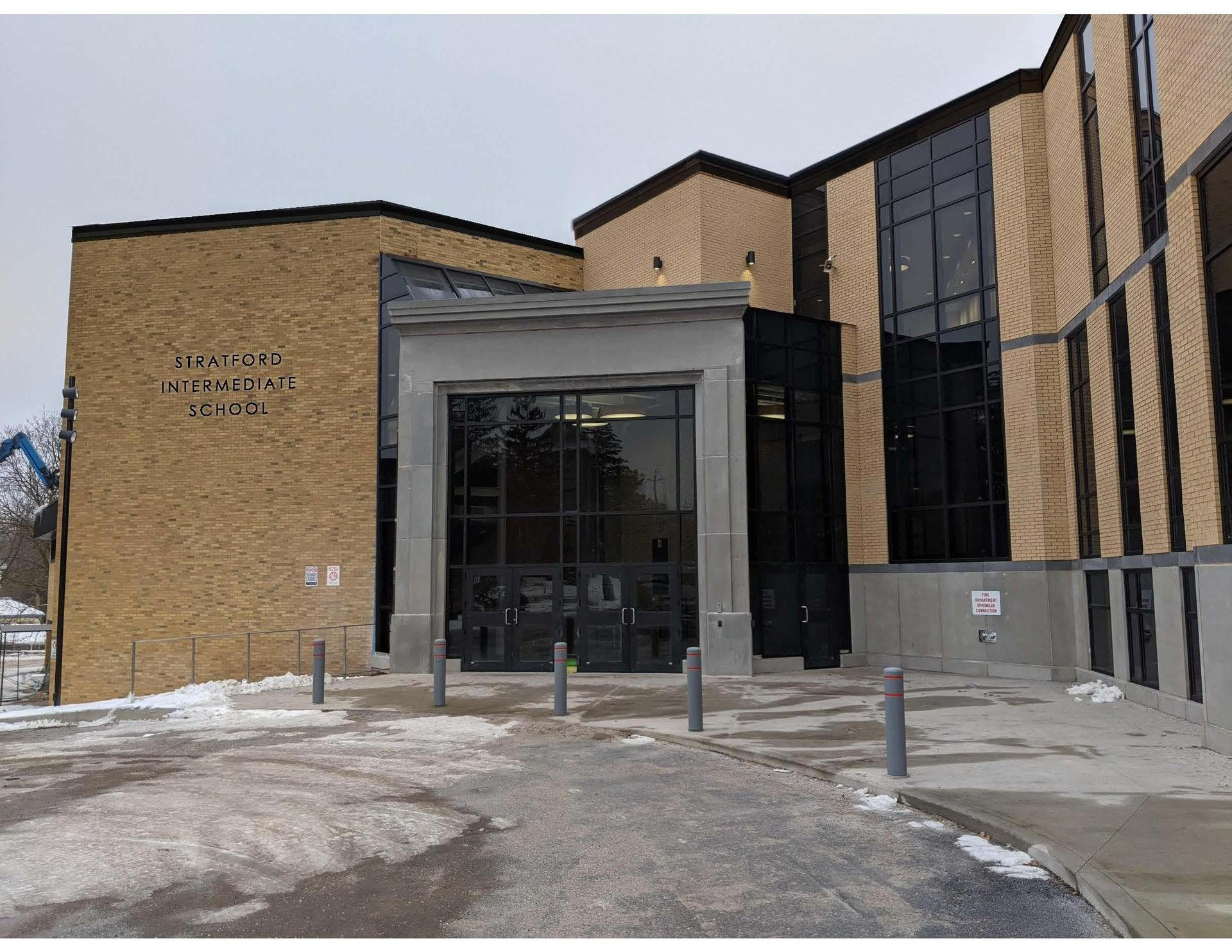 Photo of new Stratford Intermediate School front entrance