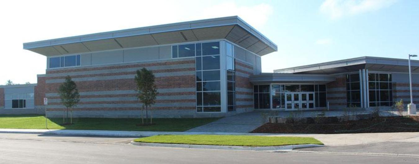 Image of the front entrance of Maitland River Elementary School