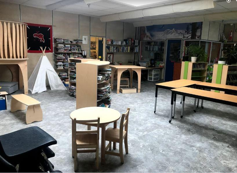 Our Mission:    The Library Commons (TLC) is an engaging, inclusive environment for all Valleycliffe members to think, wonder, read, create and collaborate. It extends classroom learning and is essential for our lifelong learners.