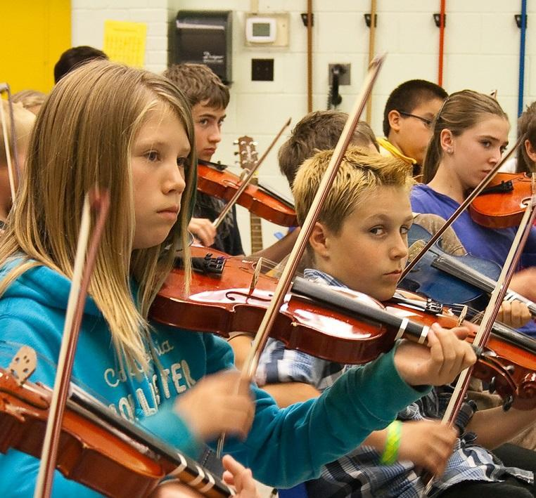 students playing fiddle