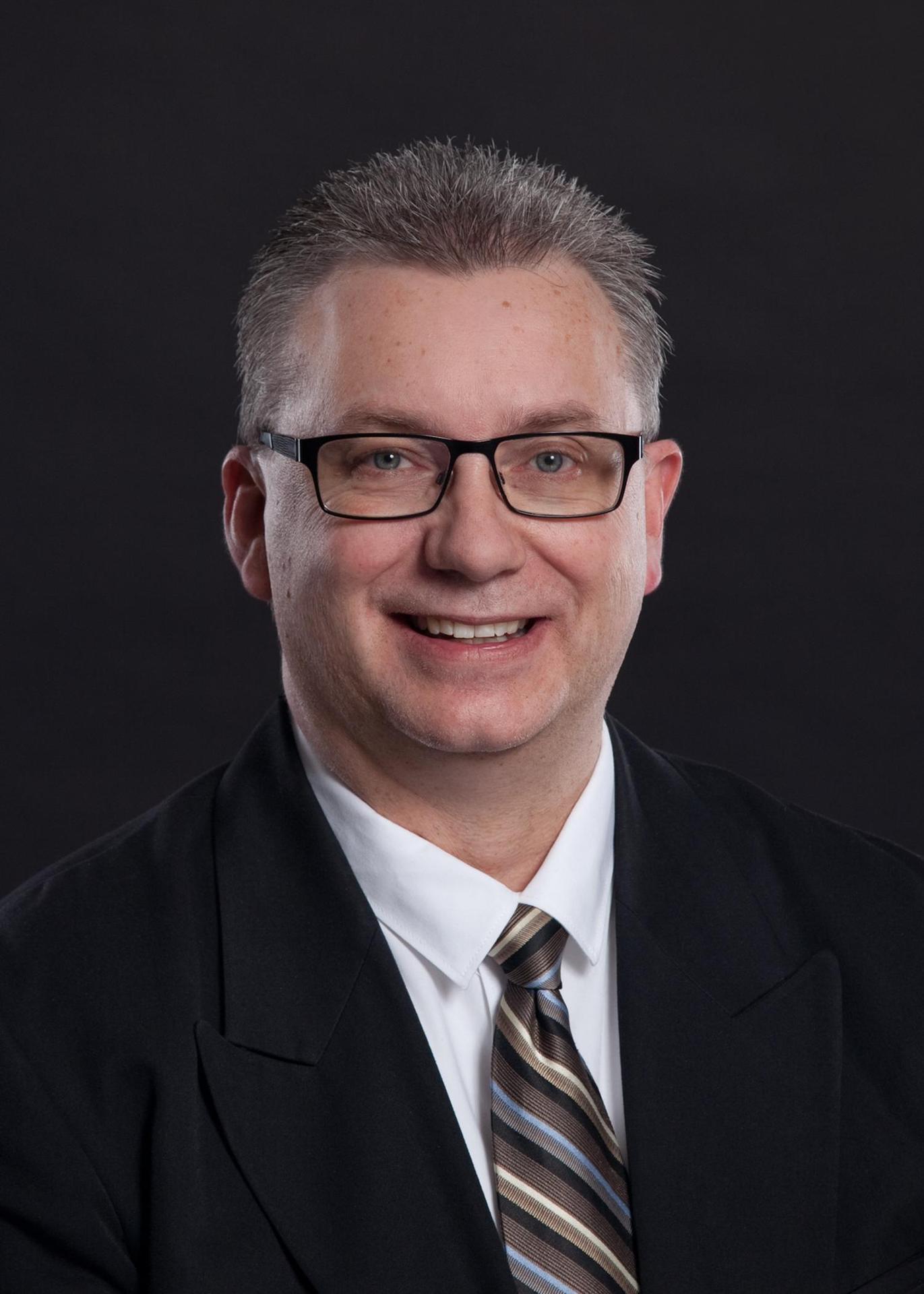 F. Martens, Trustee