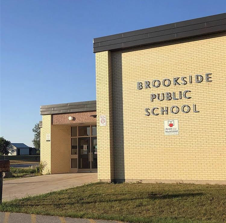 Photo: Front of Brookside School