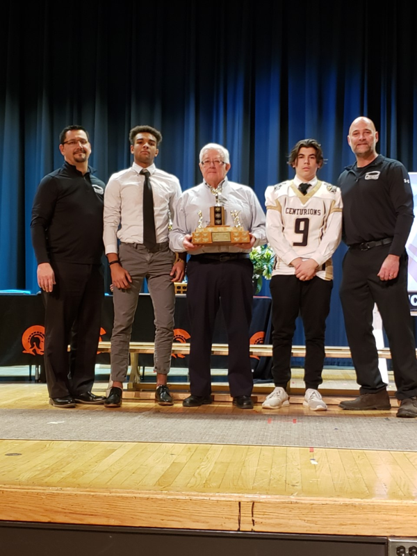 Football team wins Casburn Award