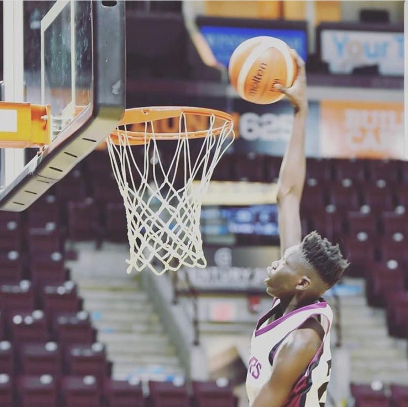 OFSAA AA Senior Boys Basketball (Caleb Moses Dut)
