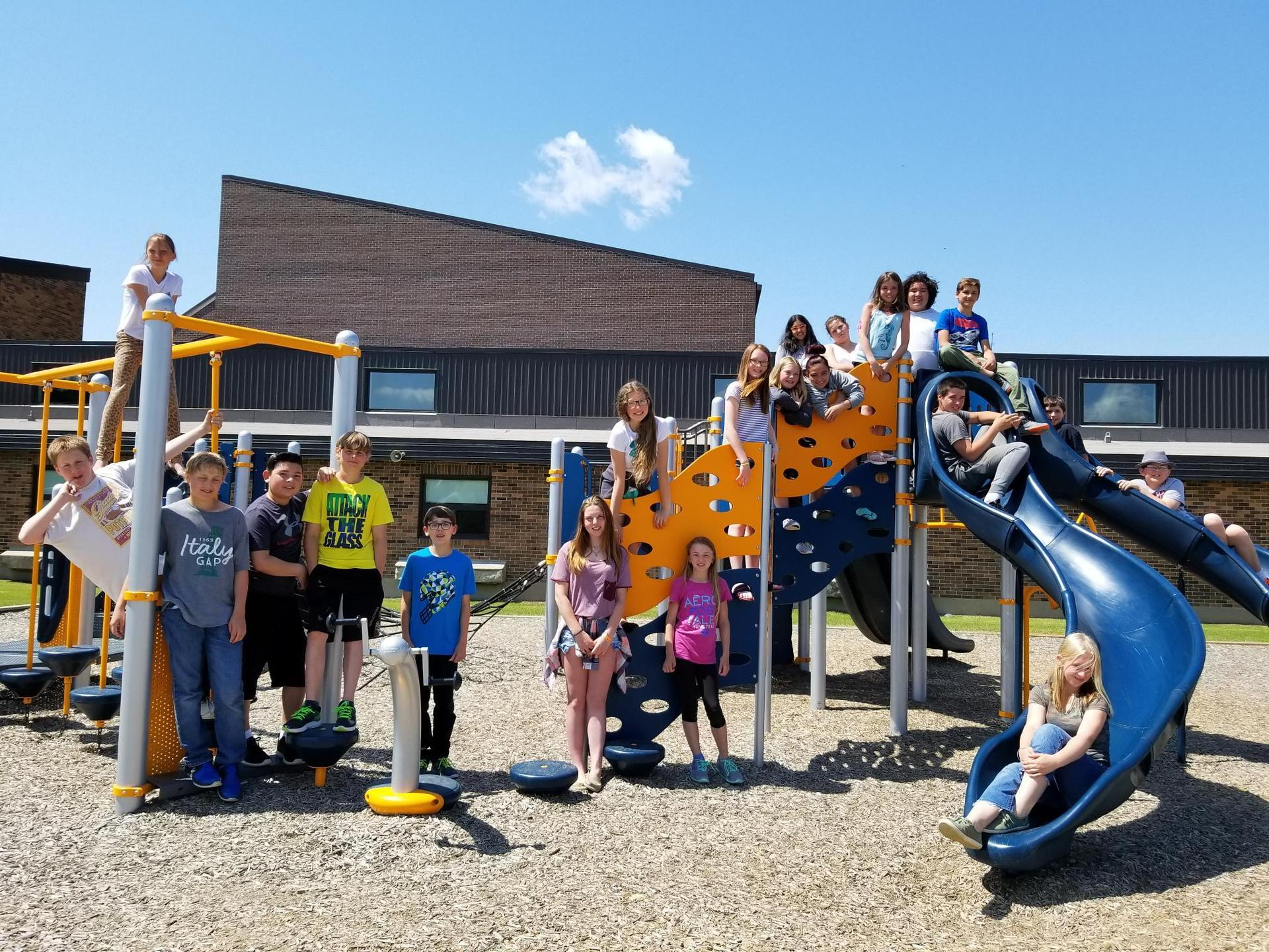students on playstructure