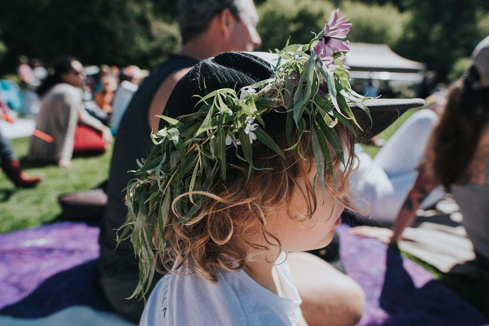 Child with a crown of willow